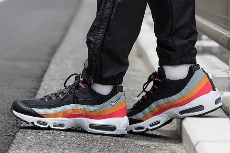 [해외]​나이키 에어맥스95 에센셜 Nike Air Max 95 Essential Black White Ocean Cube Kumquat AT9865-002