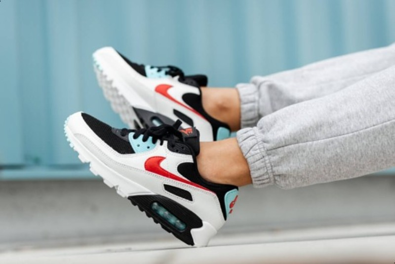 [해외]나이키 우먼스 에어맥스90 Nike W Air Max 90 Summit White Chile Red Bleached Aqua DA4290-100