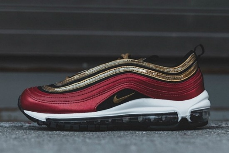 [해외]나이키 우먼스 에어맥스97 글램 덩크 Nike W Air Max 97 Glam Dunk University Red Metallic Gold Sail CT1148-600