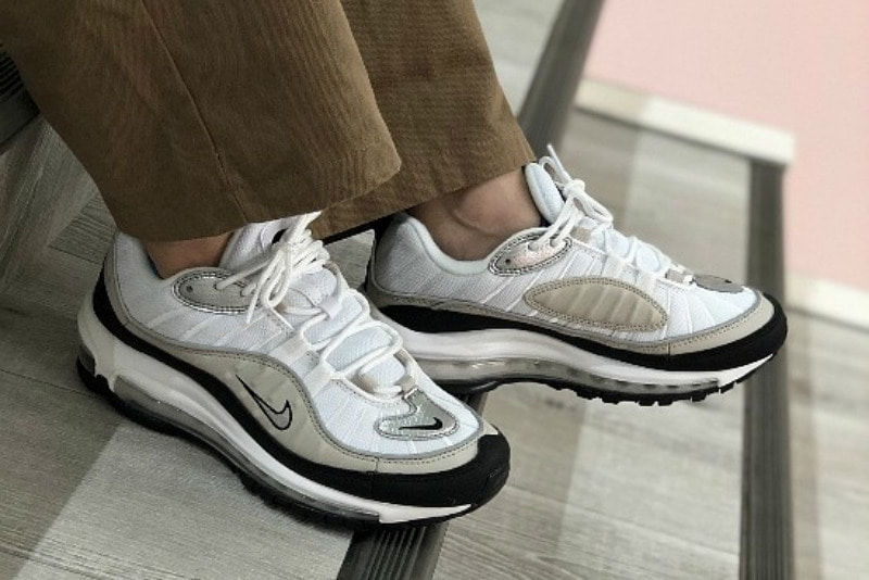 [해외]​나이키 우먼스 에어맥스98 ​Nike W Air Max 98 White Desert Sand Black Metallic Silver AH6799-116