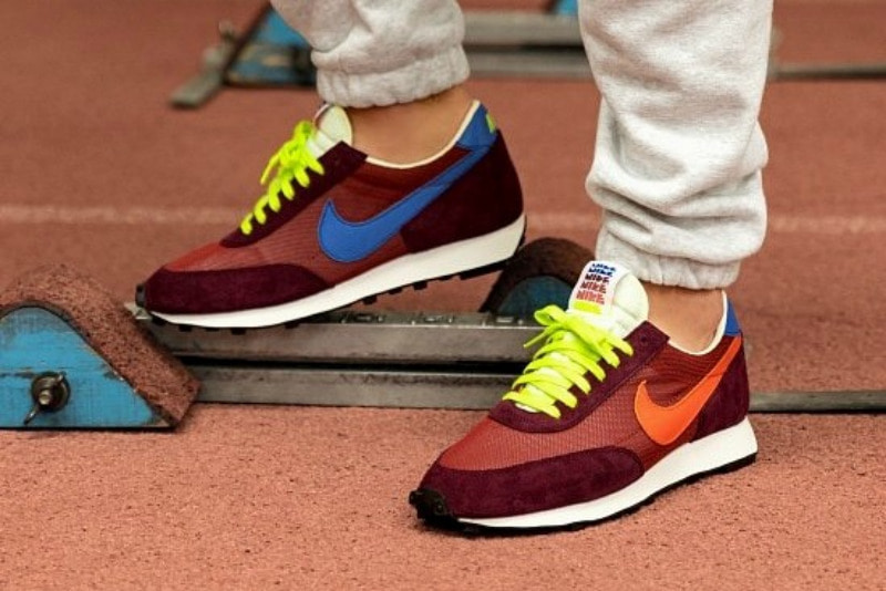 [해외]​나이키 데이브레이크 Nike Daybreak Cedar Team Orange Night Maroon CQ6358-600