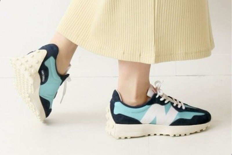[해외]뉴발란스327 우먼스 왁스블루 New Balance 327 W Wax Blue Natural Indigo WS327CPB